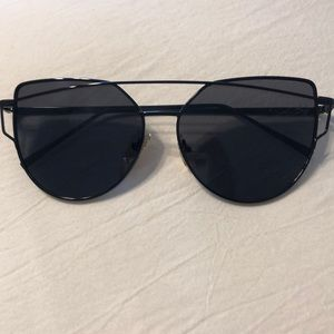 Accessories - Black frame and lense cat eye sunglasses